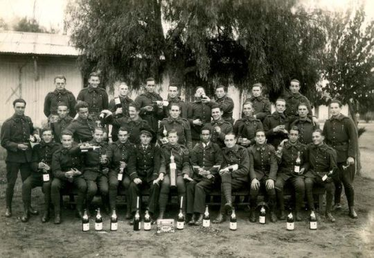 1old_wine_pics_french_military_morroco_champagne1938