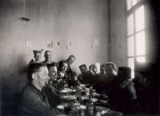 1old_wine_pics_conscripts_cooking-eating1934