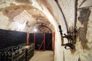 1leclerc-briant_cellar_electrical_switch