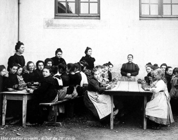 1cantine_scolaire1900