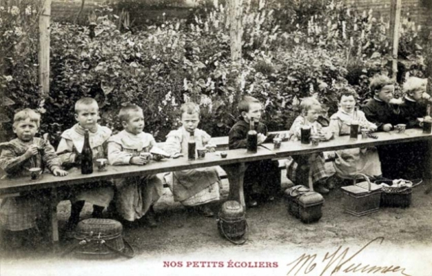 1children_school_lunch1900_wine