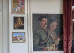 2armenian_restaurant_paintings