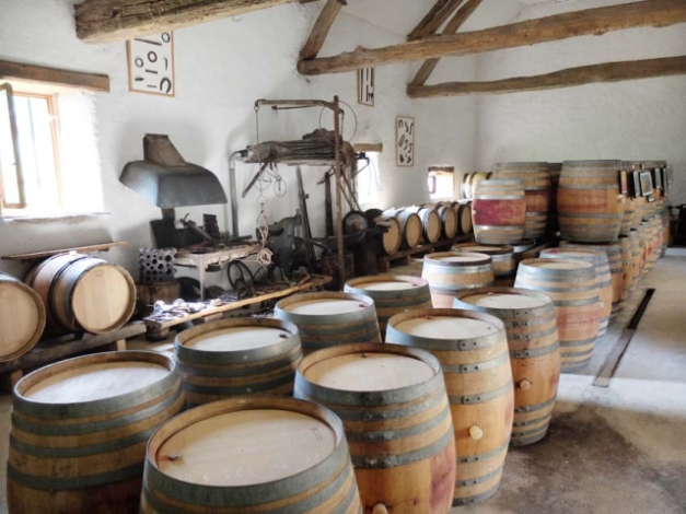 1flavigny_winery_barrel_cellar