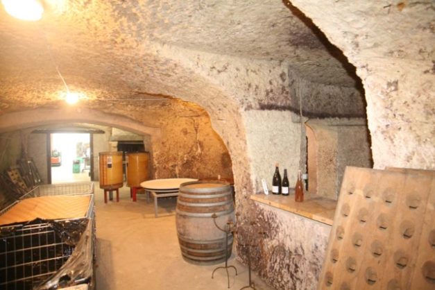 1noella_morantin_cellar_bar
